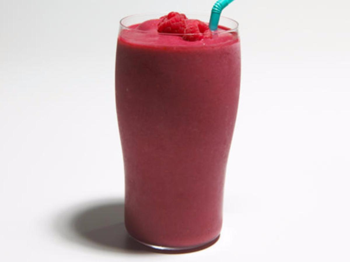 Spinach, Pineapple, and Mango Berry Smoothie Healthy Recipe