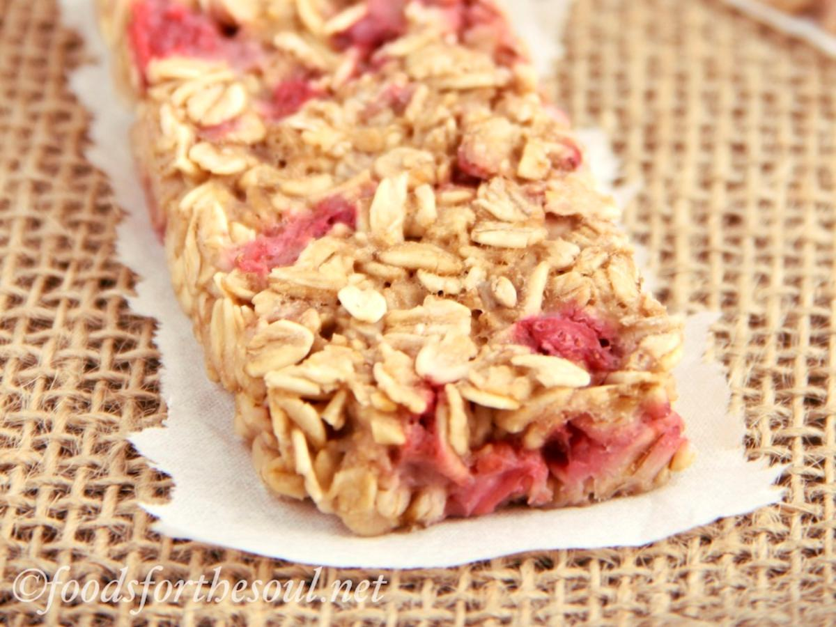 Strawberry Granola Bar Healthy Recipe