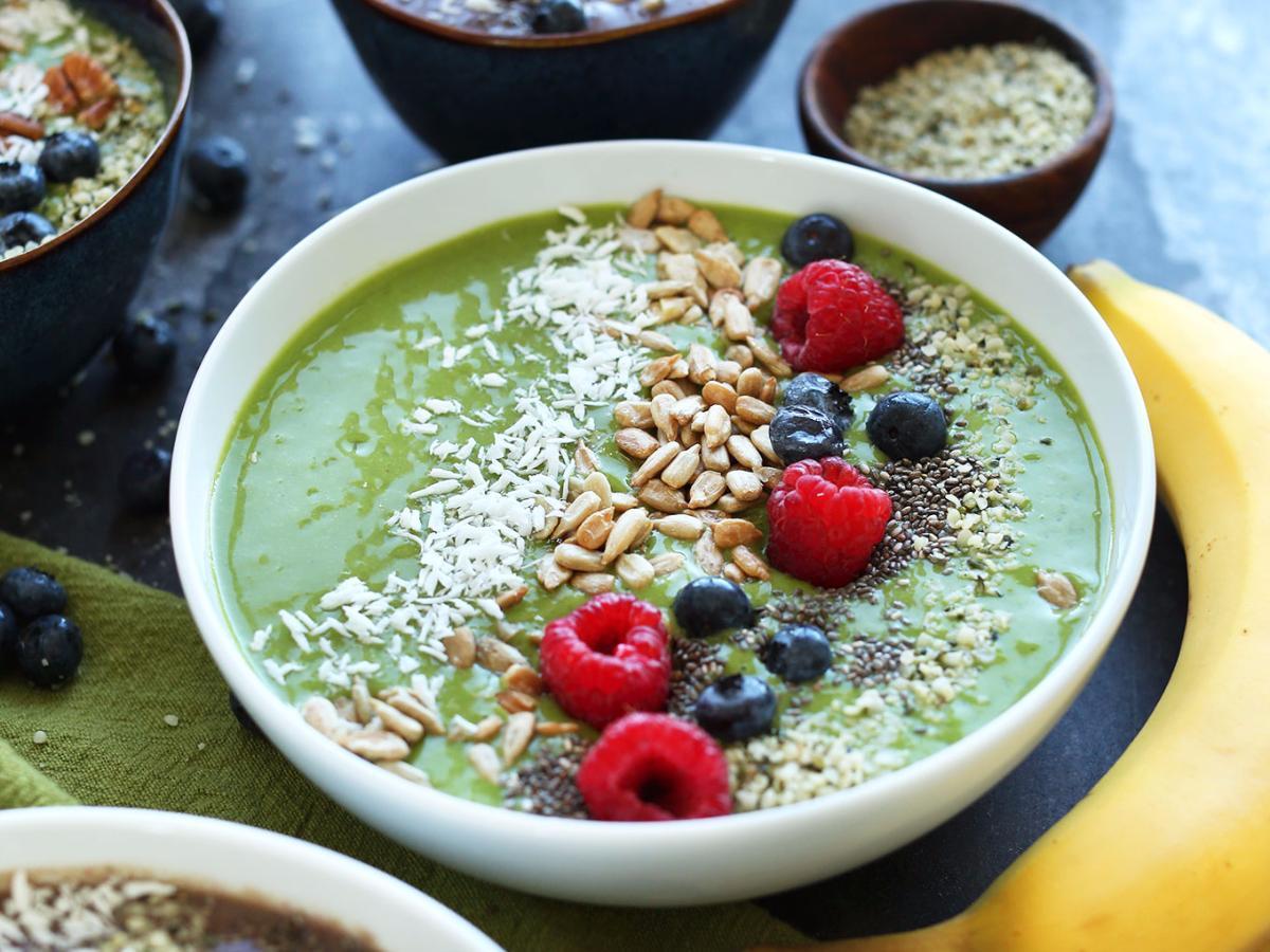 Super Green Smoothie Bowl Healthy Recipe