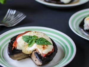 Tomato and Mozzarella Portabella Healthy Recipe