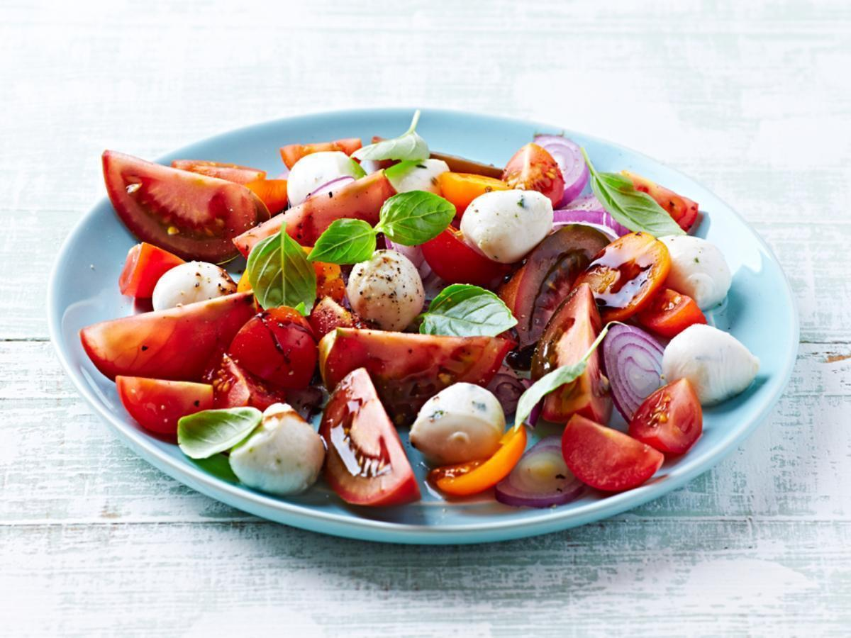 Tomato & Basil Salad Healthy Recipe
