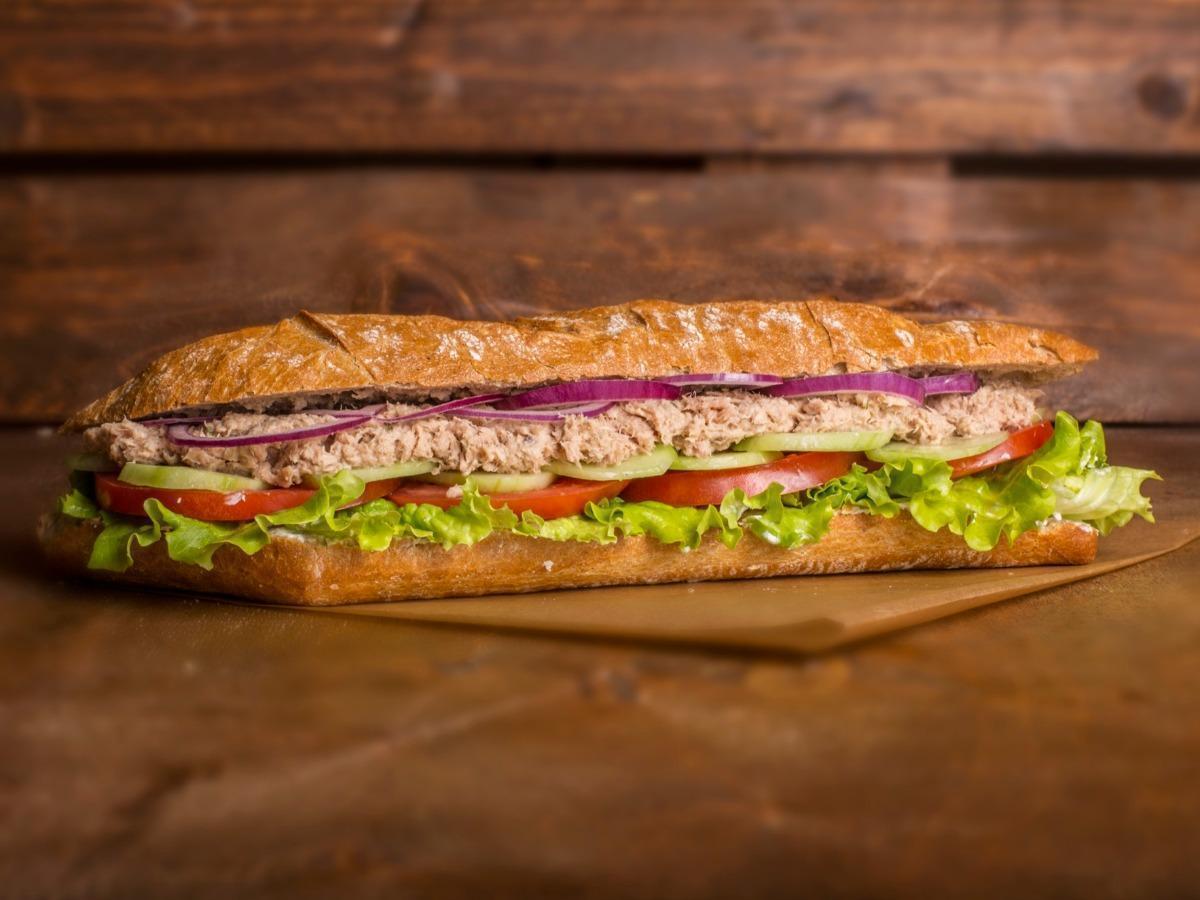 Tuna and Hummus Sandwich Healthy Recipe