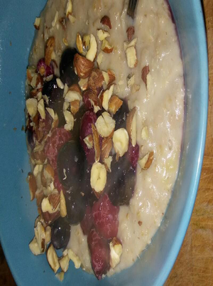 Blueberry and Brazil Nut Oatmeal Healthy Recipe