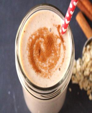 Cinnamon Roll Smoothie Healthy Recipe