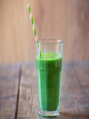 Completely Green Smoothie Healthy Recipe