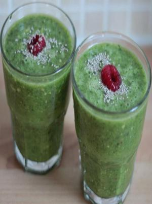 Fruity Kale Morning Smoothie Healthy Recipe
