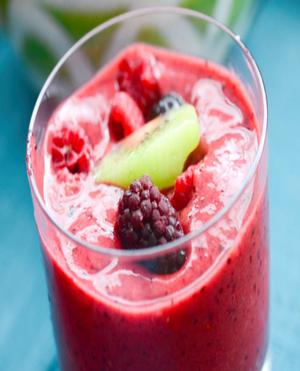 Kiwi Berry Smoothie Healthy Recipe
