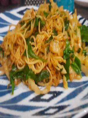 Kohlrabi, Spinach, and Egg Noodles Healthy Recipe