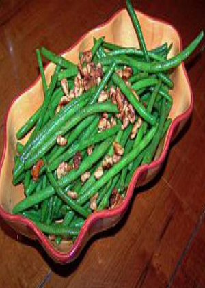 Microwave Steamed Green Beans with Walnuts Healthy Recipe