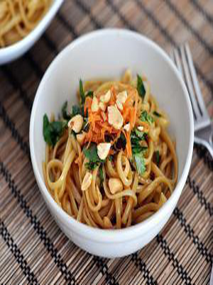 Noodles with Spicy Peanut Sauce Healthy Recipe