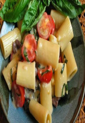 Rigatoni with Brie, Grape Tomatoes, Olives, and Basil Healthy Recipe