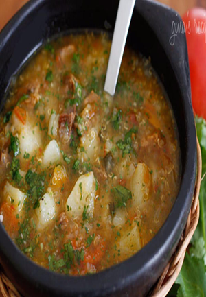Slow Cooker Beef, Potato, and Quinoa Soup Healthy Recipe