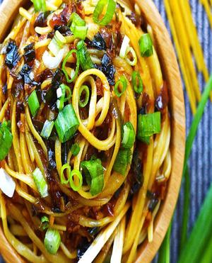Sticky Garlic Noodles Healthy Recipe
