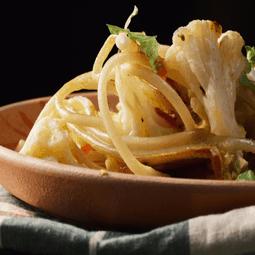 Garlic Chili Pasta with Cauliflower