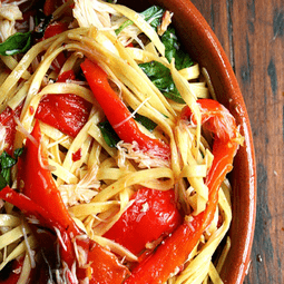 Linguini with Roasted Red Peppers, Crabmeat, and Basil