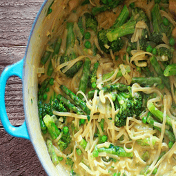 One-Pot Pasta Primavera